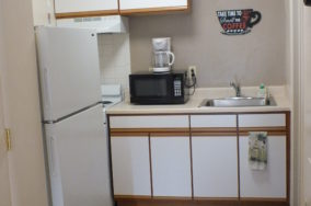 Lanford Studio Kitchen, extended stay hotel